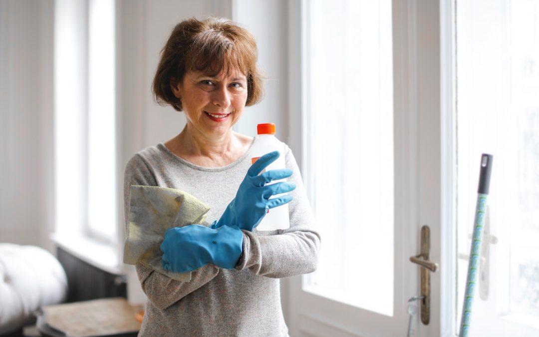 Vitadom - Femme de ménage - Agent d'entretien - Ménage à domicile - Entretien ménager - Aide ménagère